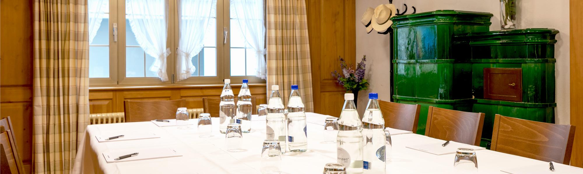 Header-Seminare-Jetzt-anfragen-048_Hotel_Hecht